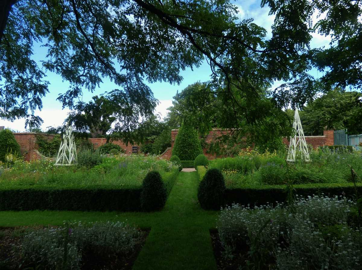 Castle Bromwich Hall Gardens - A Solihull gem!