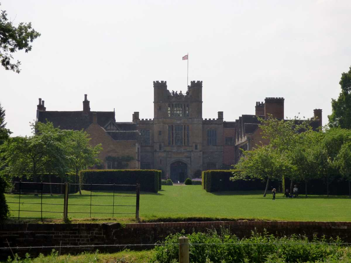 Coughton Court - court yard view